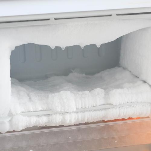Freezer avec accumulation de glace