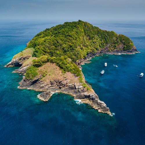 Une île perdu au milieu de l'océan