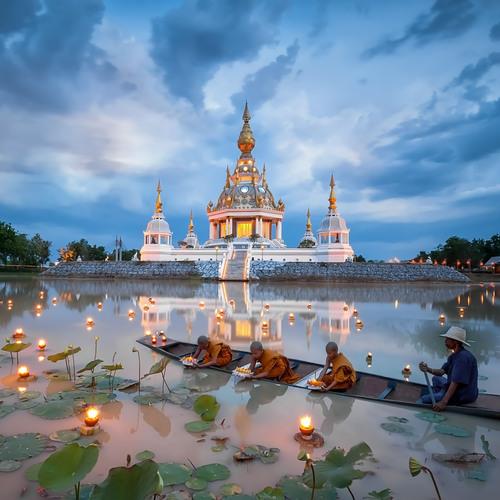 Temple laotien